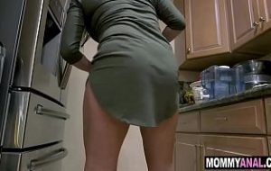 mom porn with son s friend