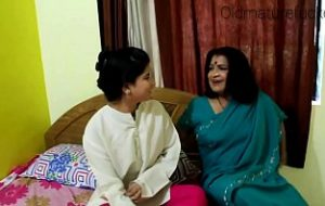 mature old moti aunty indian xvideo