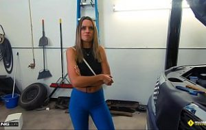Hot Daughter FUCKS her Mechanic HD video